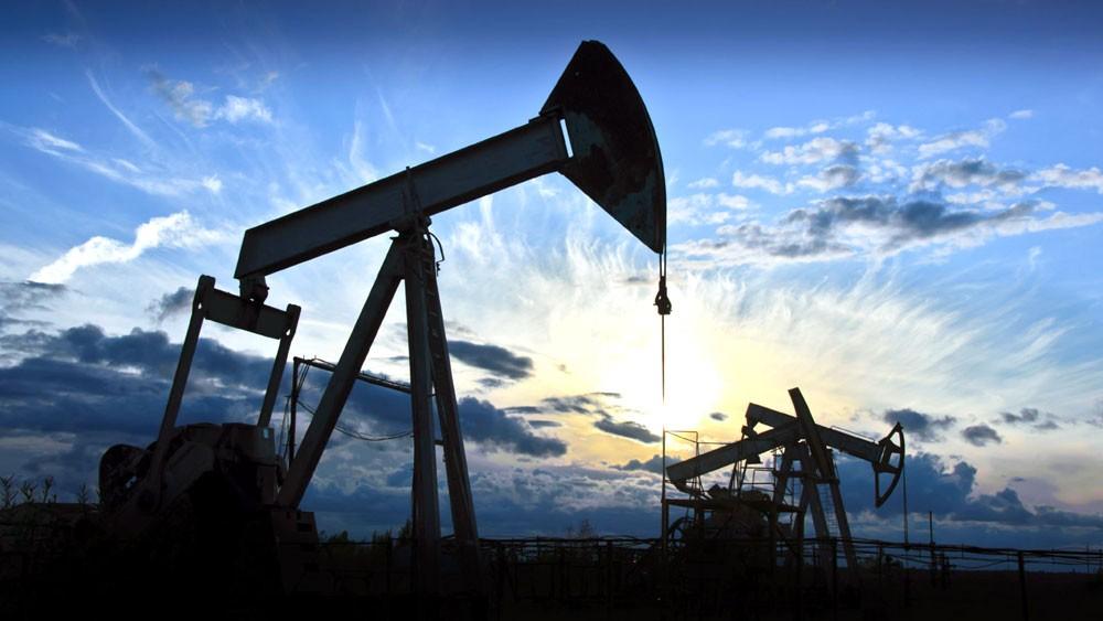 """النفط """"يعوض"""" نزيف أسواق المال"""