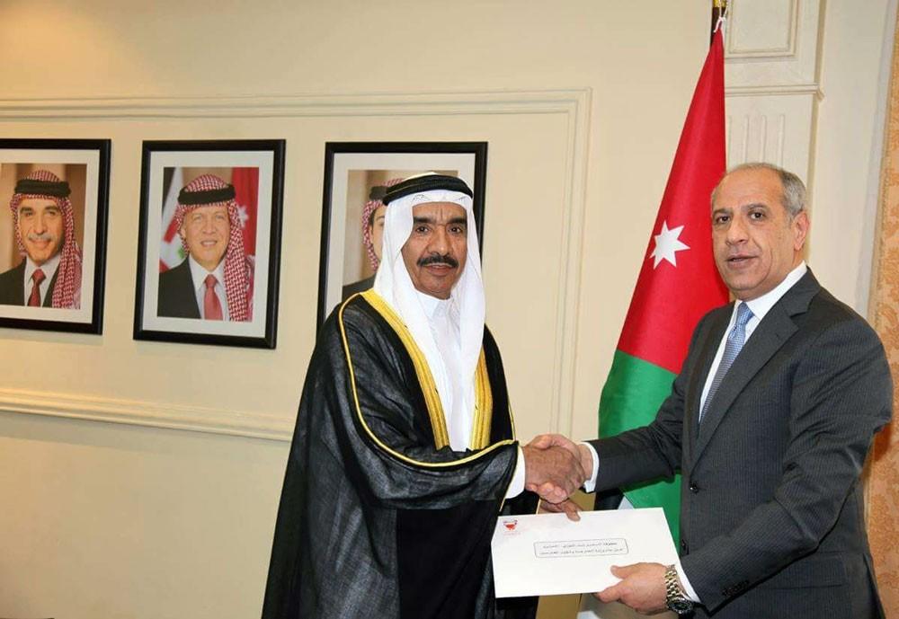 سفير المملكة بالاردن يقدم أوراق اعتماده