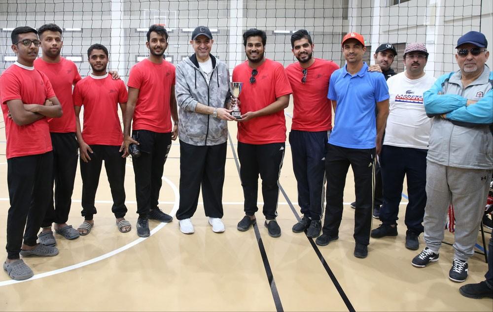 الجودر يشارك موظفي وزارة الشباب والرياضة في برامج اليوم الرياضي الوطني