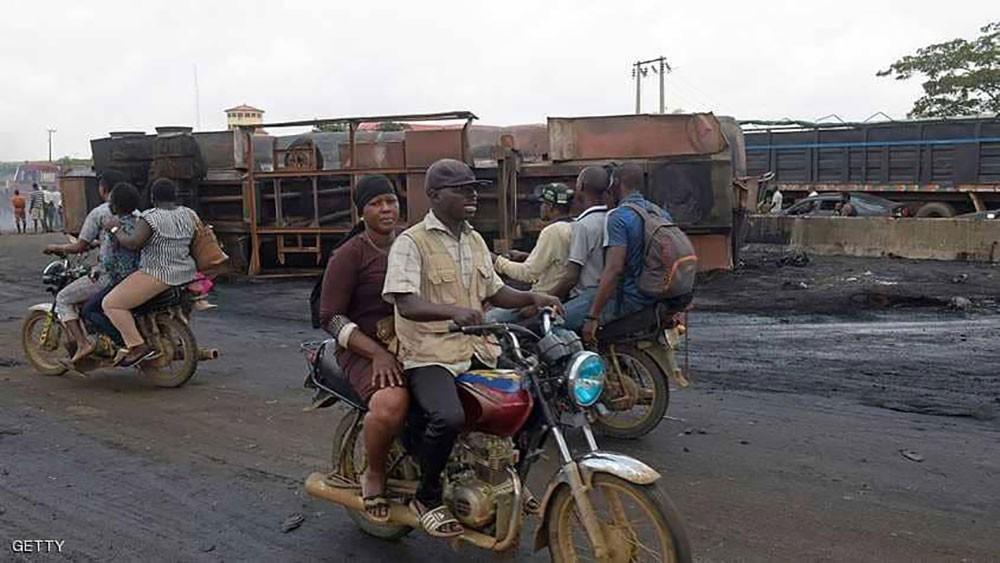 مصرع 22 تلميذا في حادث سير مروع في نيجيريا