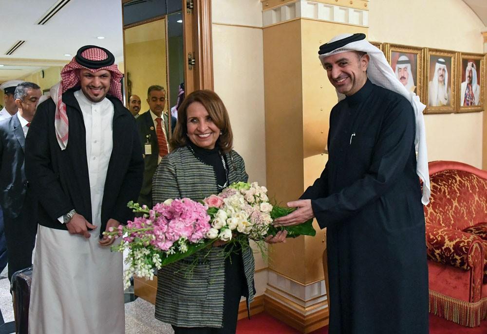 الجودر: حياة بنت عبدالعزيز كان لها دور بارز في تسيد اندية البحرين للعرب