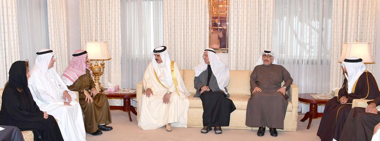 الملك يقدم التعازي في وفاة مبارك بن جاسم كانو