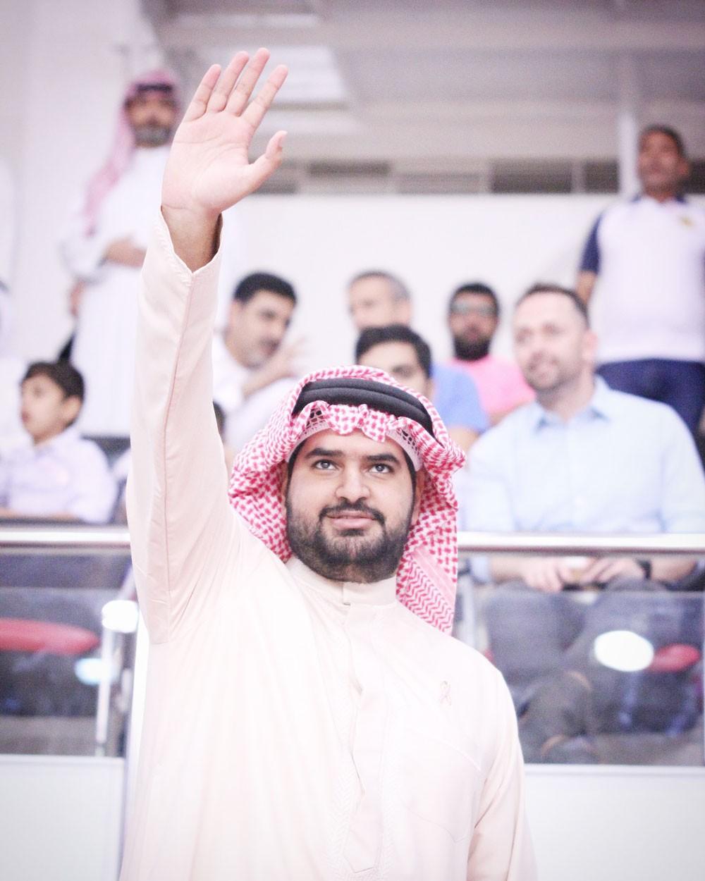 سمو الشيخ عيسى بن علي يوجه إلى دخول الجماهير السلاوية مجانا للتصفيات الآسيوية