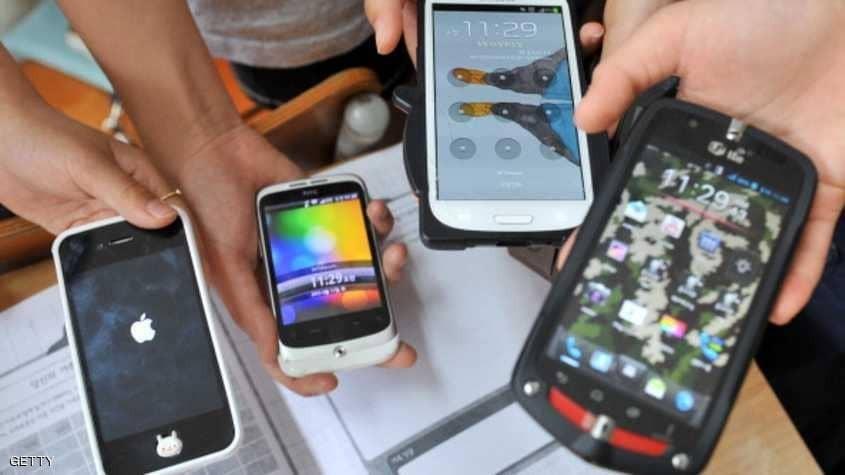 لأول مرة.. تراجع مبيعات الهواتف الذكية