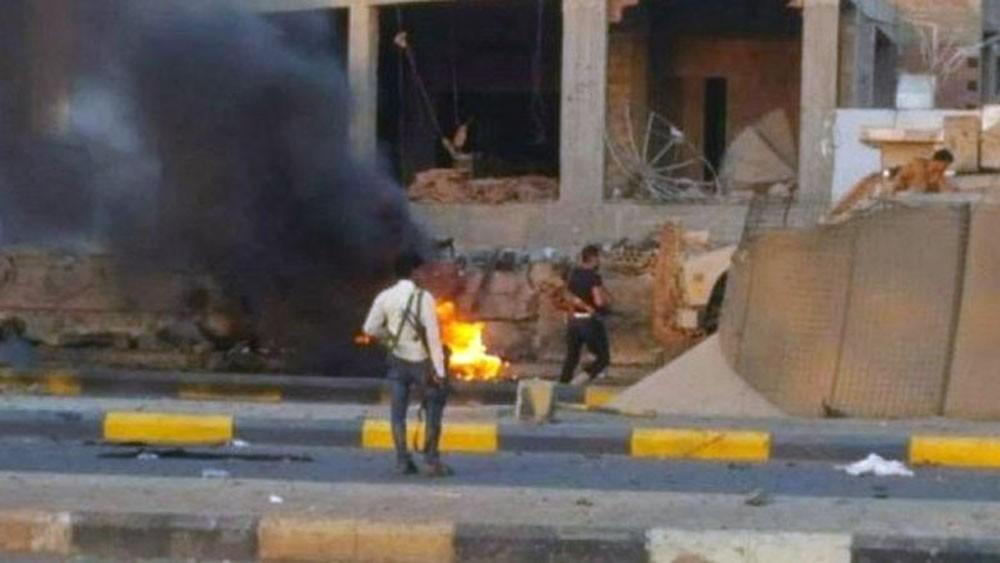 عدن.. قتلى في هجوم انتحاري قرب معسكر مكافحة الإرهاب
