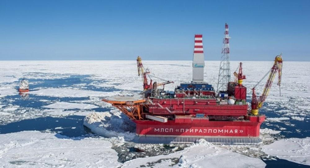 روسيا تظل أكبر مورد نفط للصين مع تشغيل خط أنابيب