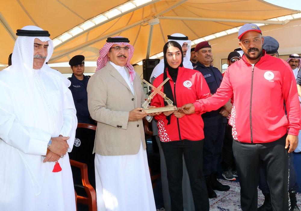 وزير الداخلية يشهد الحفل الختامي لبطولة الرماية الأولمبية