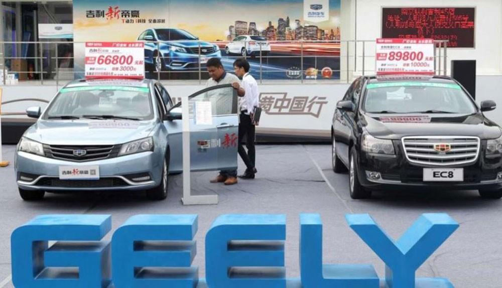 """رئيس شركة """"Geely"""" الصينية يراهن على توسع عالمي بمليارات الدولارات"""