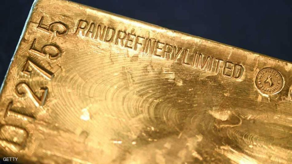 الذهب يتعافى من أكبر خسارة أسبوعية مع تراجع الدولار