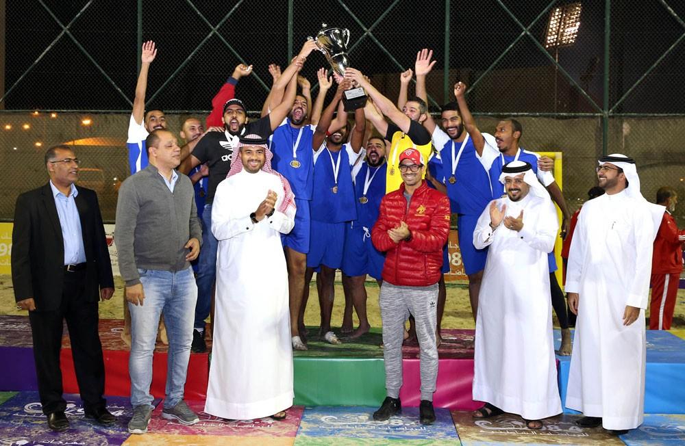 مركز شباب مدينة عيسى ينتزع كأس القدم من بوري