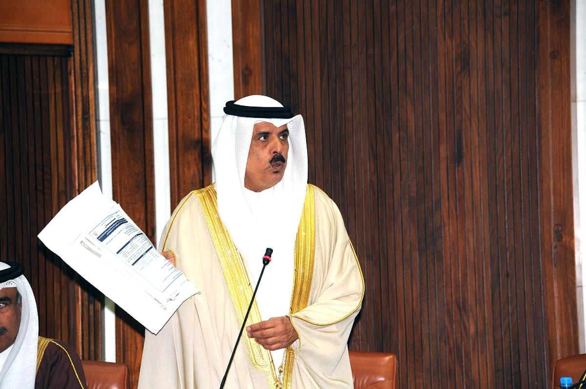 وزير التربية: الأولوية في التوظيف للبحريني المؤهل