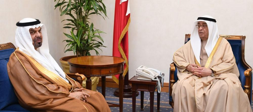 محمد بن مبارك يستقبل سفير الامارات