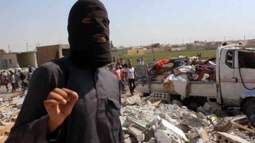 """إفلاس داعش الإرهابي.. يقوده إلى """"إعلانات قديمة"""""""