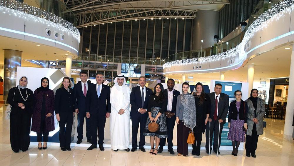 الجودر يفتتح معرض جائزة الملك حمد لتمكين الشباب لتحقيق أهداف التنمية المستدامة
