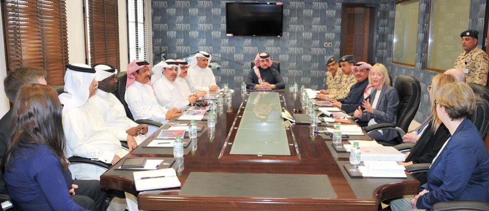 عبدالله بن حمد يترأس اجتماع معرض الطيران 2018