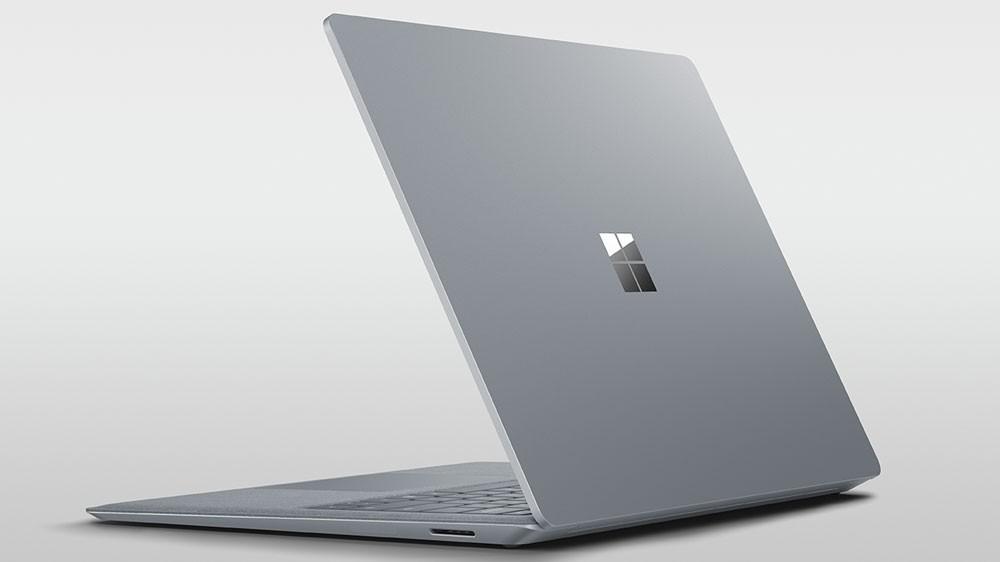 مايكروسوفت تطلق جهاز سيرفس لاب توب في البحرين