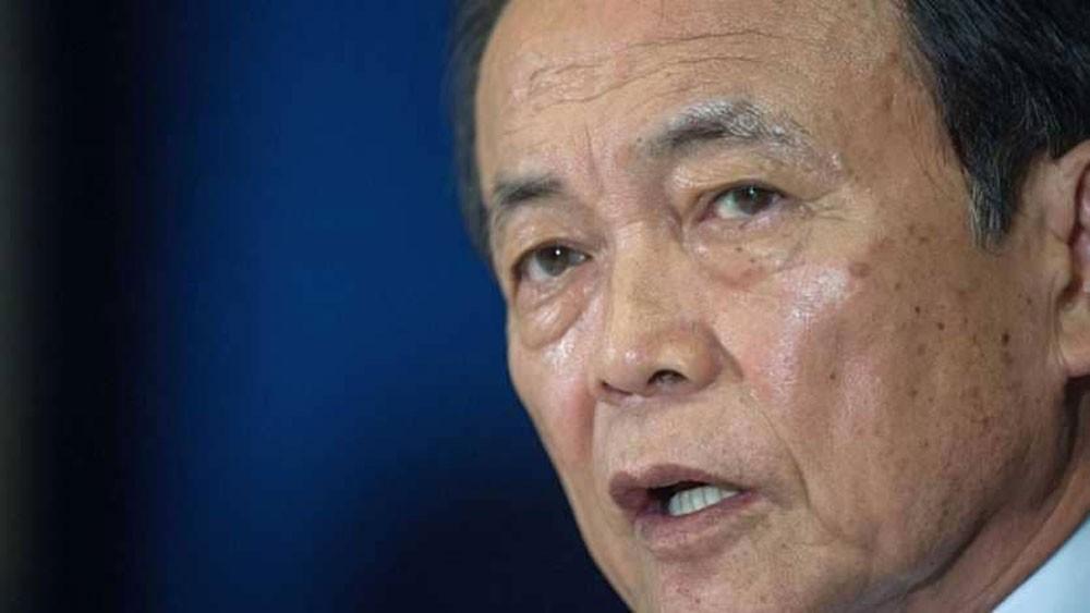 اليابان التلاعب بوثائق رسمية مرتبطة بفضيحة تحيط بآبي