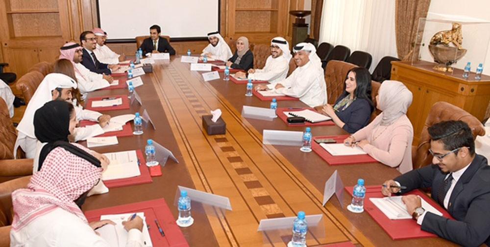 وزير المواصلات يلتقي منتسبي برنامج النائب الأول لتنمية الكوادر الوطنية