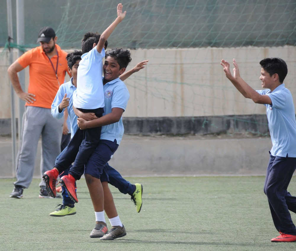 غزارة تهديفية في انطلاق مسابقة كرة القدم للمرحلة الإبتدائية
