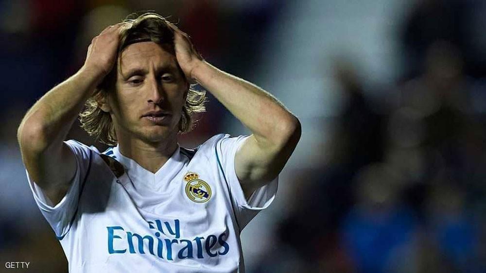 راكيتيتش يبلغ ميسي بعزم نجم ريال مدريد المغاردة