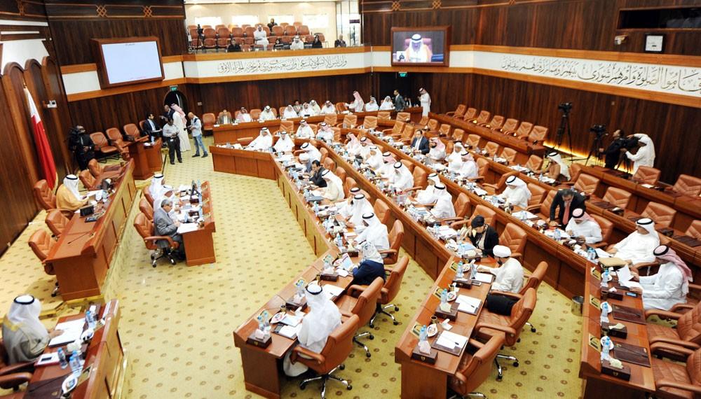وزيرة الصحة: هناك احتياجات لعدد من الوظائف للأطباء.. وتخصصات الأطباء الأجانب غير موجودة في البحرين