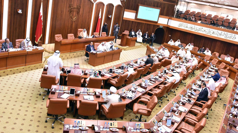 """النواب يقر تعديلات على """"العقوبات"""" و"""" التأمين ضد التعطل"""" و"""" المجالس البلدية"""""""
