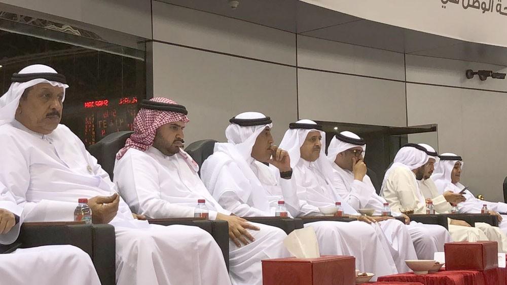 سمو الشيخ عيسى بن علي يشهد نهائي كأس رئيس الدولة الإماراتي