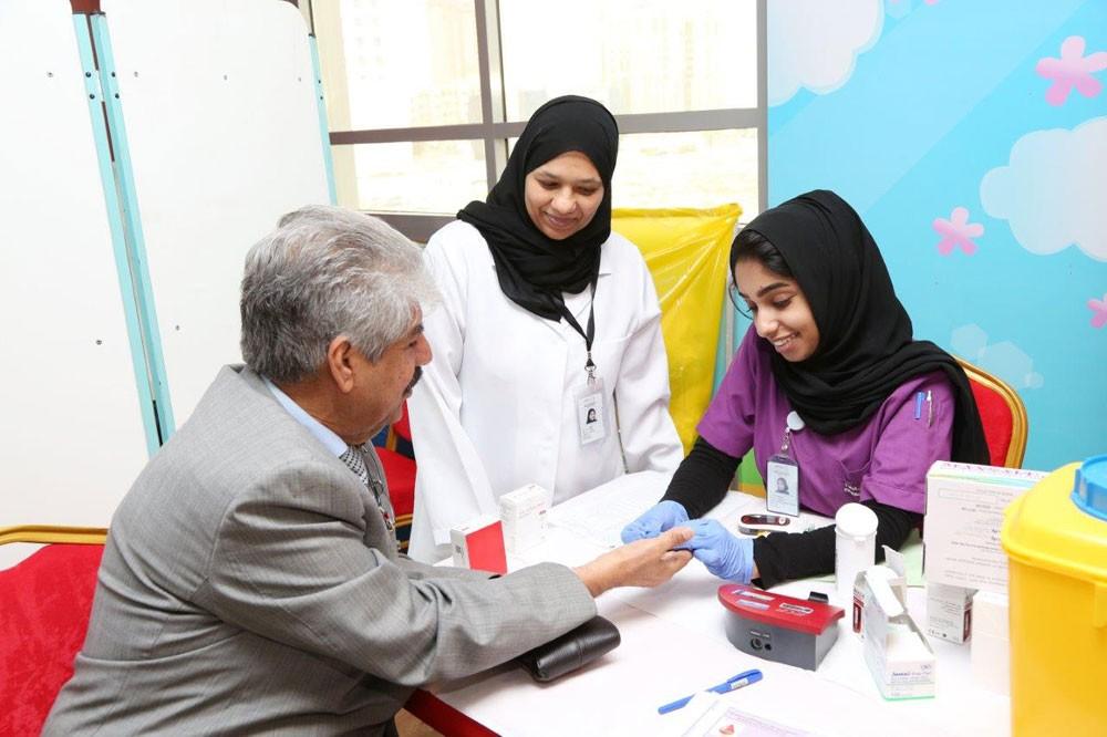 الخيرية الملكية تقيم فعاليات صحية للموظفين والعملاء