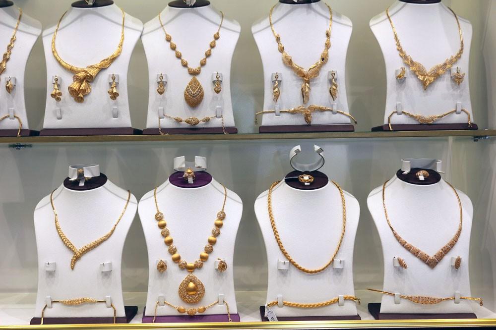 الشباب: الذهب زينة وخزينة وينافس أكبر الماركات العالمية