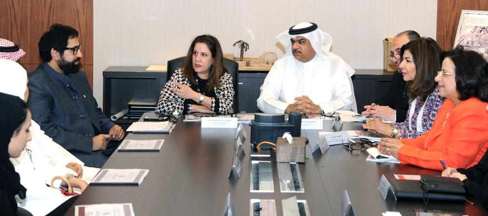 وكيل الأشغال يبحث مع الصندوق الكويتي للتنمية عدداً من المشاريع