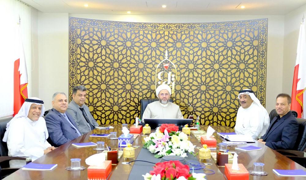 آل عصفور يبحث مع وفد من أهالي المنامة مشاريع الأوقاف في العاصمة