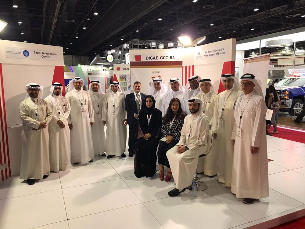 وزارة المواصلات والاتصالات تشارك في معرض دبي الدولي للإنجازات الحكومية