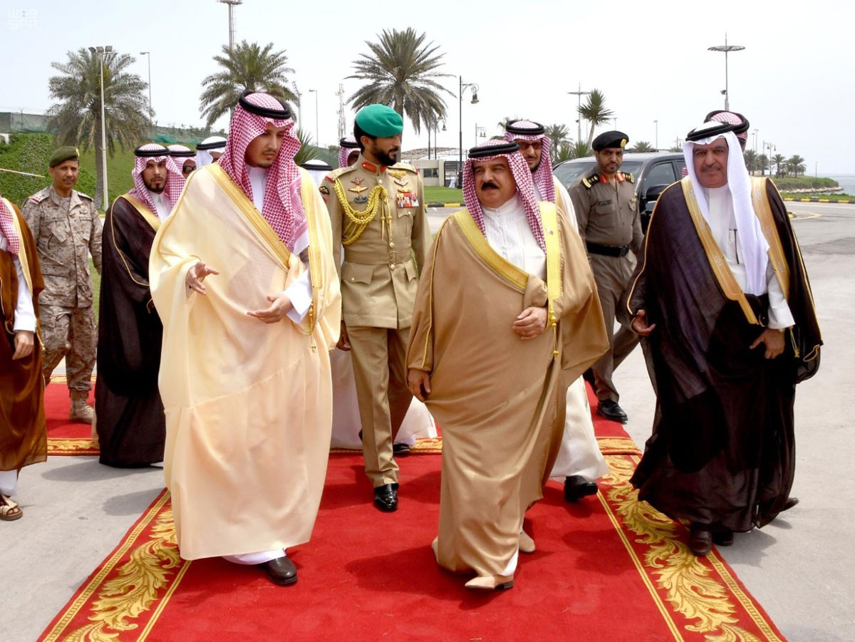 الملك: دور محوري تضطلع به السعودية في دعم العمل العربي