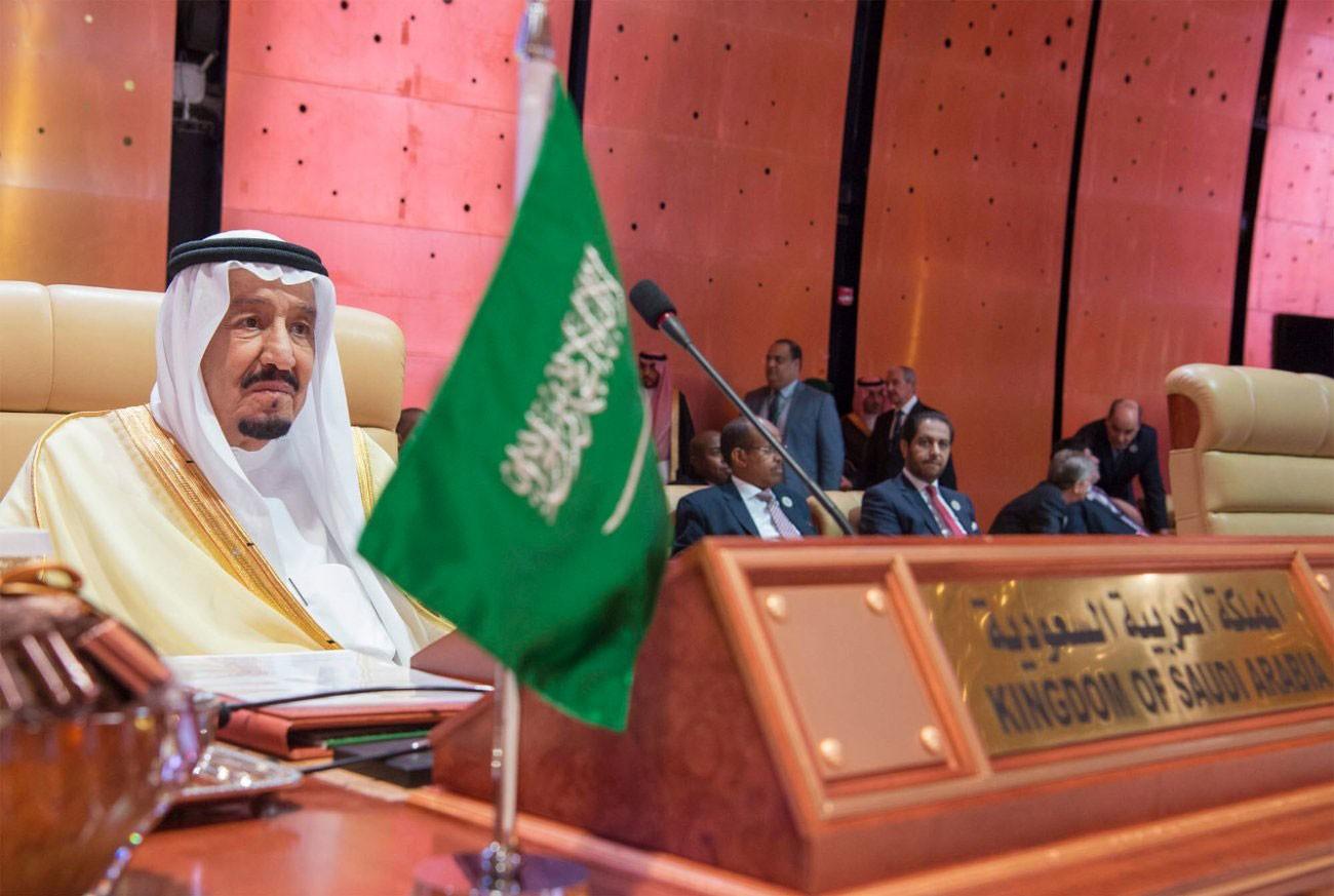 الملك سلمان يدعو لموقف أممي قوي ضد سلوك إيران