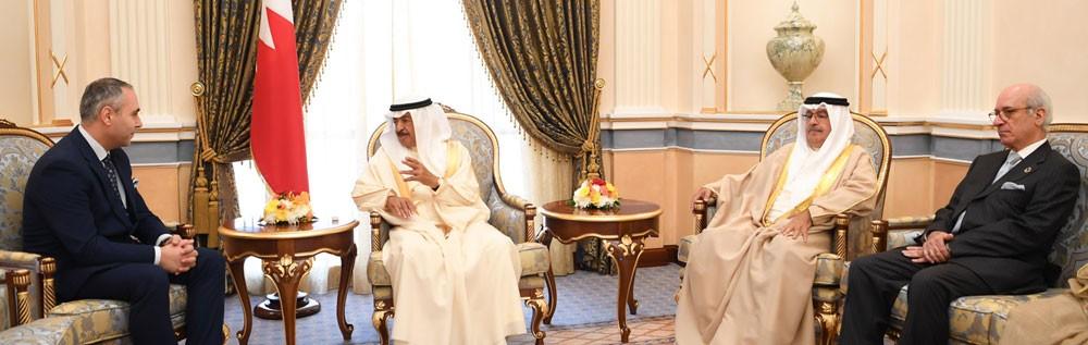 سمو رئيس الوزراء يستقبل سفير لبنان بمناسبة تعينه