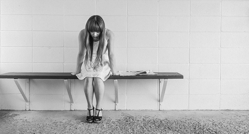 الاكتئاب في مرحلة الطفولة يمكن أن يؤدي إلى الانتحار في سن المراهقة
