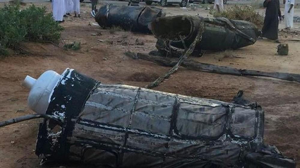 دفاعات التحالف تعترض باليستيين حوثيين غرب اليمن