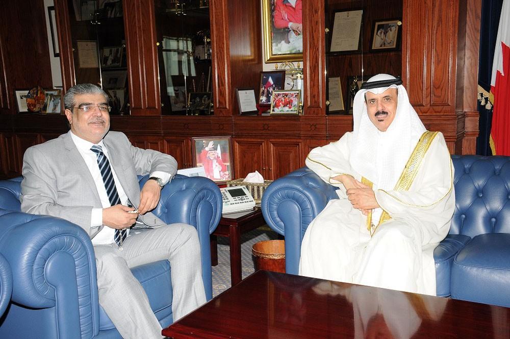 """وزير """"التربية"""" يطلع النائب محمد ميلاد على البرامج التطويرية في مجال التعليم"""