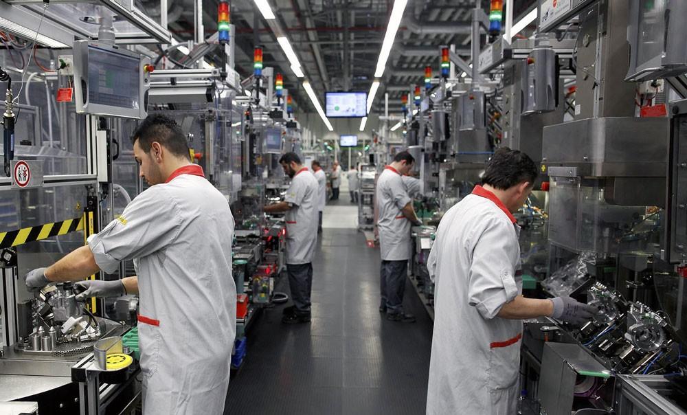 نقص العمالة المتخصصة يقلص النمو الاقتصادي في ألمانيا