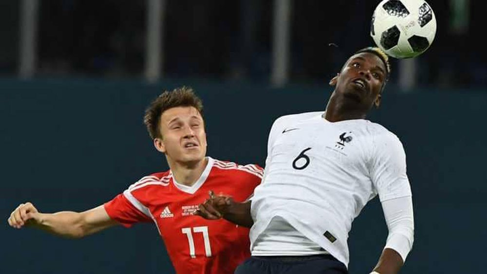تحقيق في إساءات عنصرية خلال مباراة روسيا وفرنسا