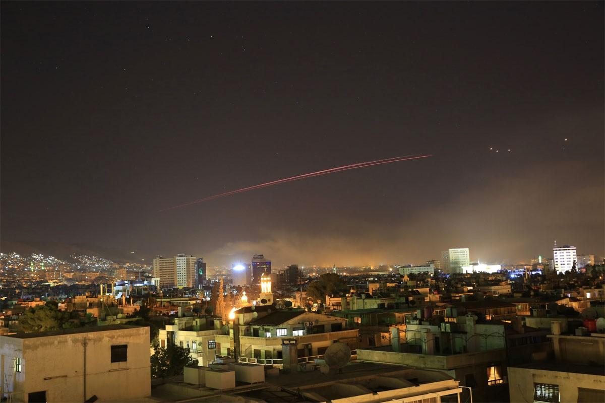"""سوريا.. إطلاق الصواريخ بسبب هجوم """"إلكتروني"""" خدع الرادارات"""