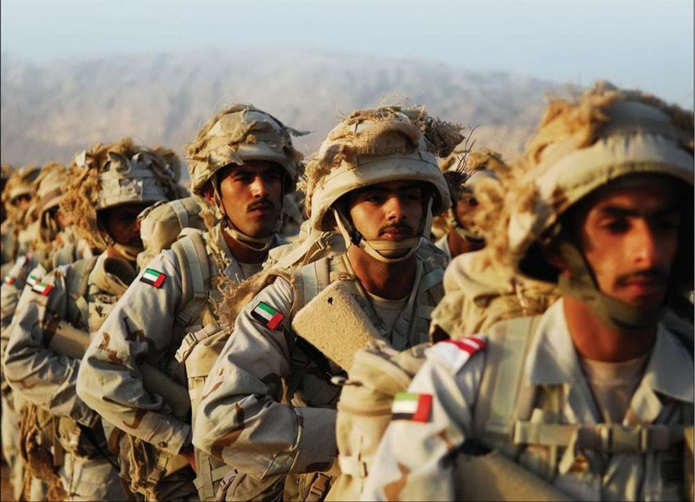"""الإمارات.. السيطرة على طائرة """"قاصف/ الإيرانية"""" محملة بالمتفجرات في اليمن"""