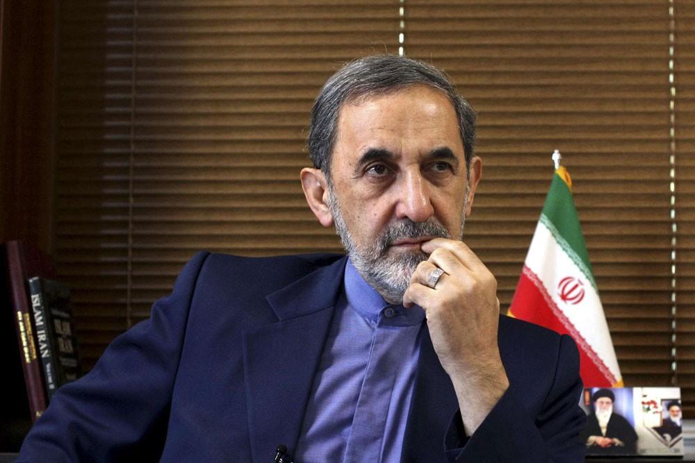 ولايتي: طهران ستنسحب من الاتفاق النووي في حال أقدمت واشنطن على ذلك