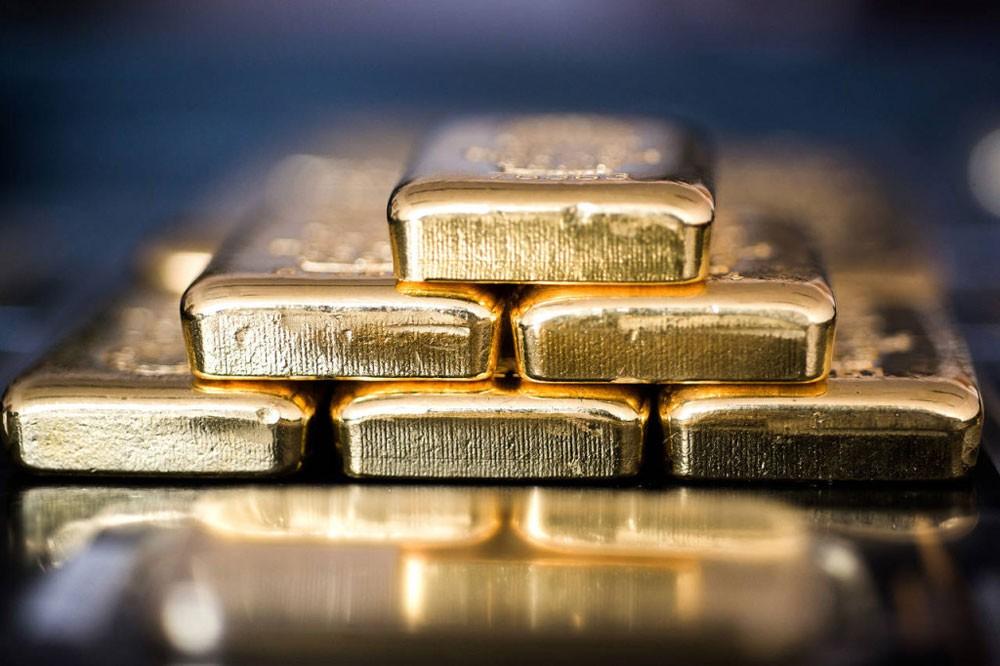 الإمارات تعفي تجارة الذهب والألماس من الضرائب
