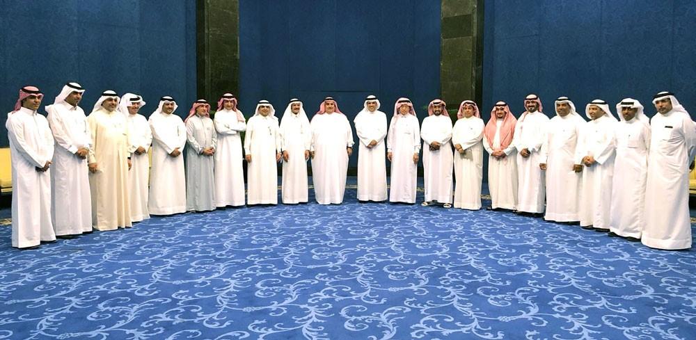 وزير الإعلام يقيم مأدبة غداء على شرف الوفد الإعلامي السعودي