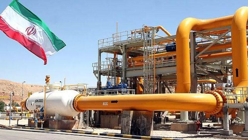 شركات الطاقة العالمية تبدأ الانسحاب التدريجي من إيران