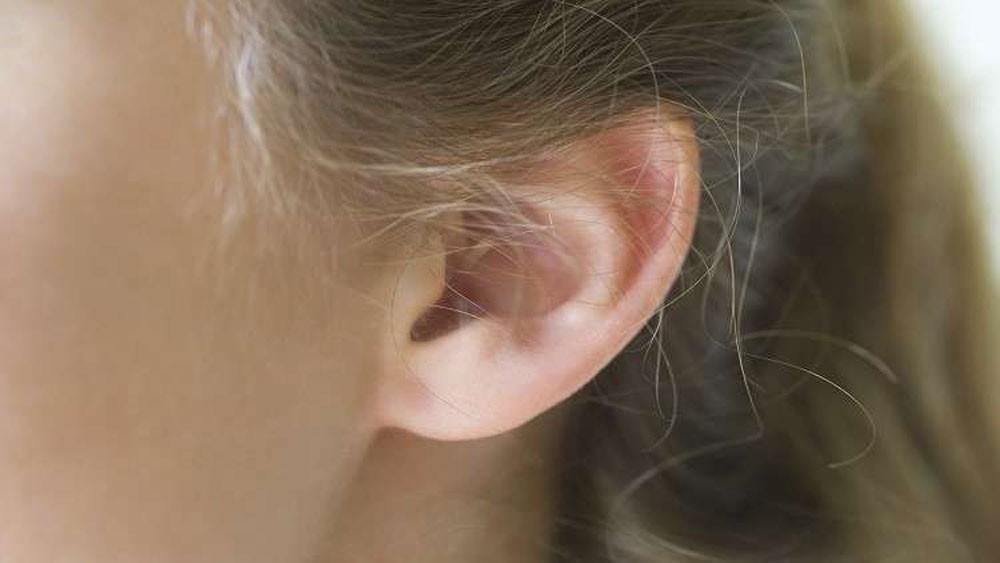 عملية نادرة لإنماء أذن جديدة في ذراع مجندة!