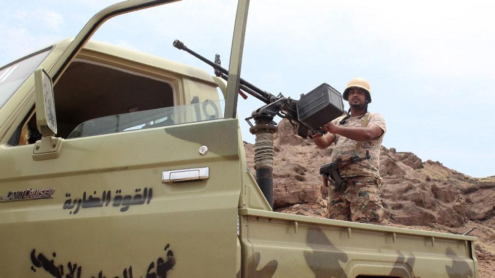 اليمن.. قوات الشرعية تحاصر البرح من 3 اتجاهات