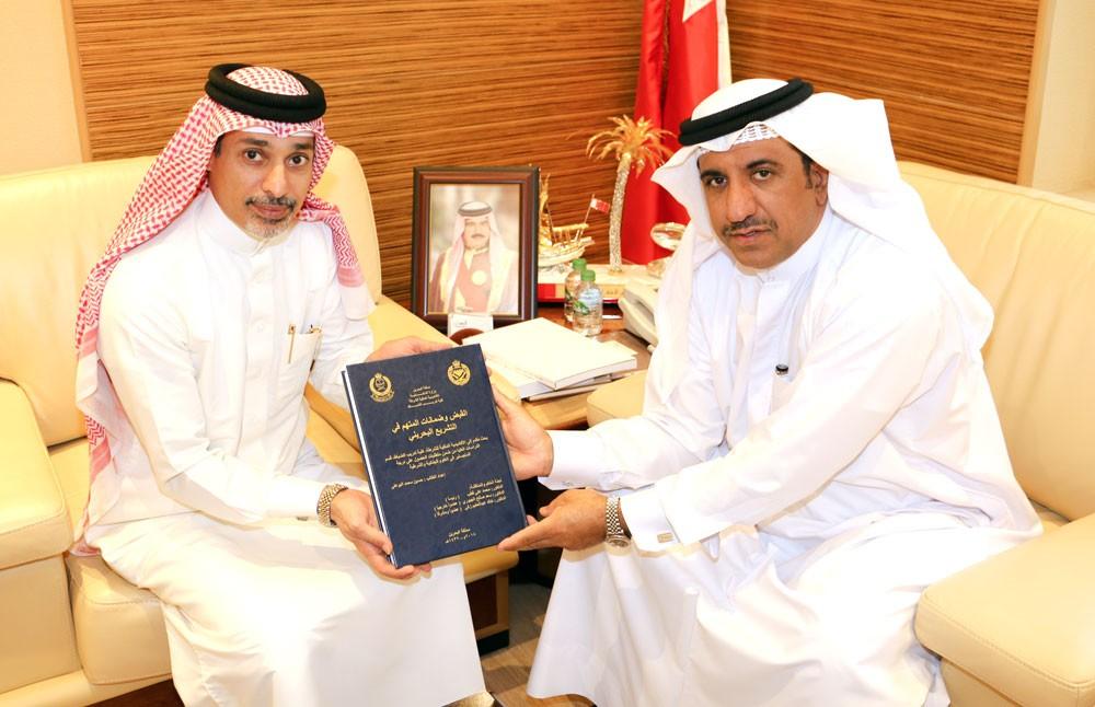 البوعينين يستقبل المحامي العام حسين محمد البوعلي