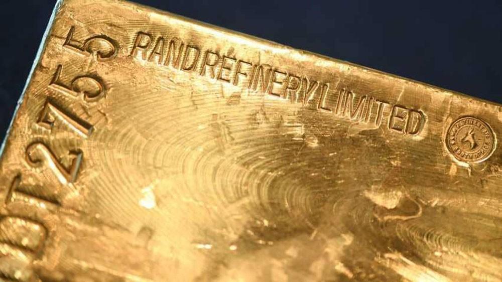 """الذهب """"دون تغير"""" مع دولار مرتفع"""